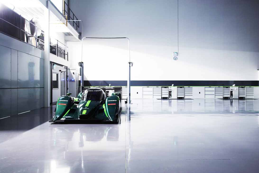 Drayson Racing's Lola B12 69/EV vehicle sets new new world speed record.
